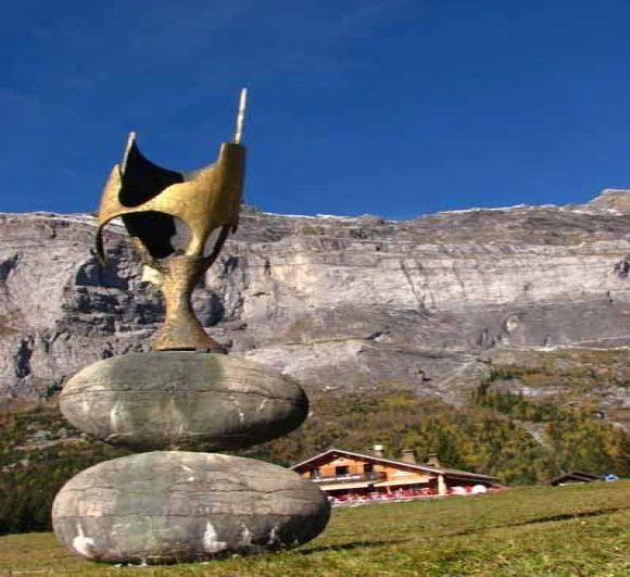 Sculpture - La Porte Bleue