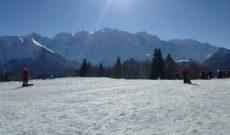 La montagne à portée de vue (front de neige)