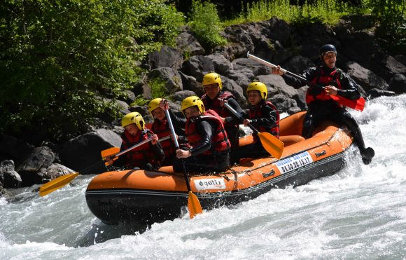 Rafting, canoraft, airboat, hydrospeed